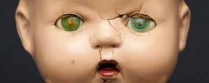 A-broken-doll-symbol-of-a-008