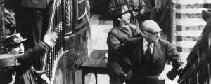 Manuel_Gutierrez_Mellado_gesto_impotente_durante_intento_golpe_Estado_19811