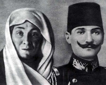 ataturk-s-mother-and-father-ataturk-19161577-450-360